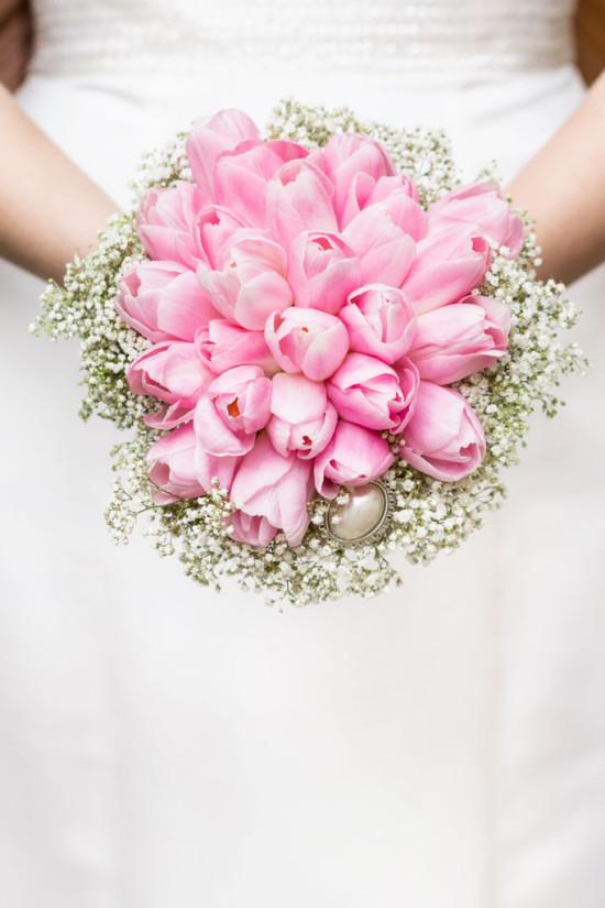 Irina Andreas Brautstrauß Tulpen Schleierkraut Blumen Hochzeit Wedding Shooting - Diana Jill Fotografie Fotograf Paderborn Wewelsburg