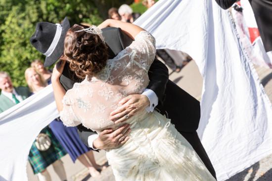 Juliane Tristan Reportage Hochzeit Herz Liebe Kuss Fotograf Schloss Bückeburg - Diana Jill Fotografiie