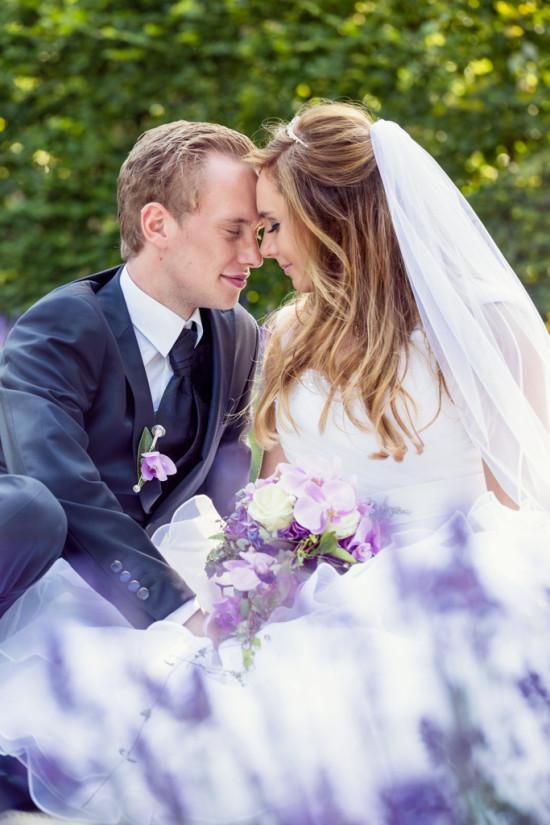 Michelle Dusty Botanischer Garten Lavendel Flieder Lila Hochzeit Wedding Love Shooting - Hochzeitsfotograf Diana Jill Fotografie Gütersloh Paderborn