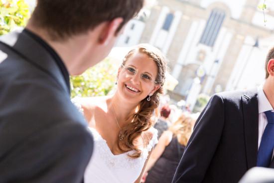 Vanessa Christoph Hochzeitsreportage Sektempfang Standesamt Paderborn Hochzeit Hochzeitsfotograf - Diana Jill Fotografie