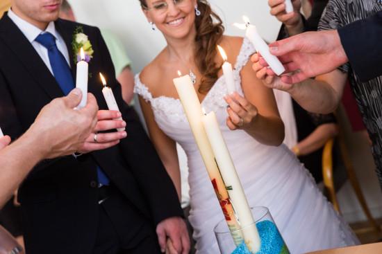 Vanessa Christoph Trauung Taufkerzen Standesamt Paderborn Hochzeit Hochzeitsfotograf - Diana Jill Fotografie