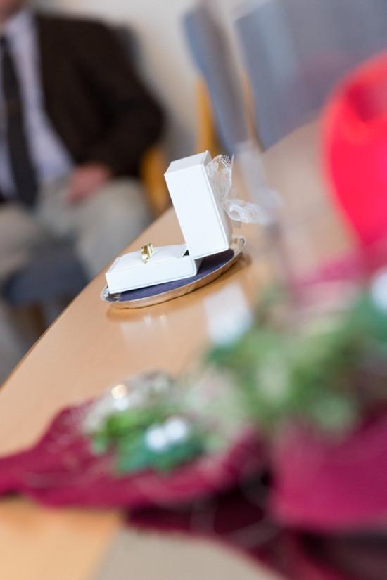 Victoria Patrick Hochzeitsreportage Hochzeit Reportage Wedding Standesamt Eheringe - Diana Jill Fotografie Fotograf Paderborn