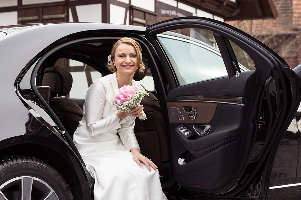 Hochzeit Irina und Andreas Brautauto Wedding - Diana Jill Fotografie Fotograf Paderborn Salzkotten_cleaned