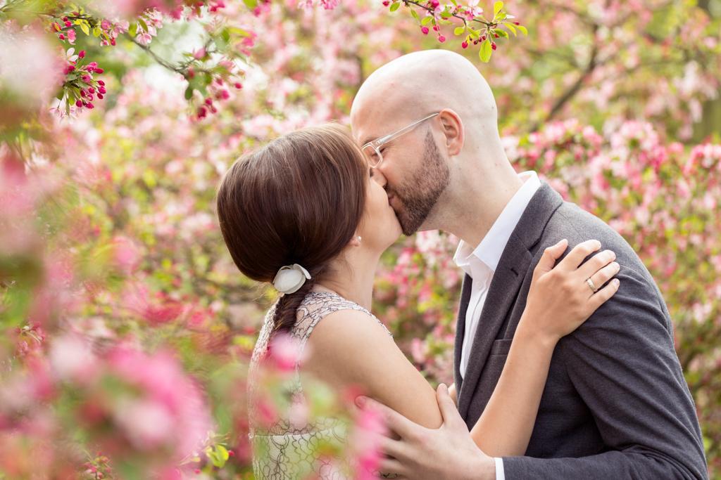 Kuss Paar Hochzeitsshooting Hochzeitsfotograf Fotograf Gütersloh Paderborn Rheda Wiedenbrück - Diana Jill Fotografie