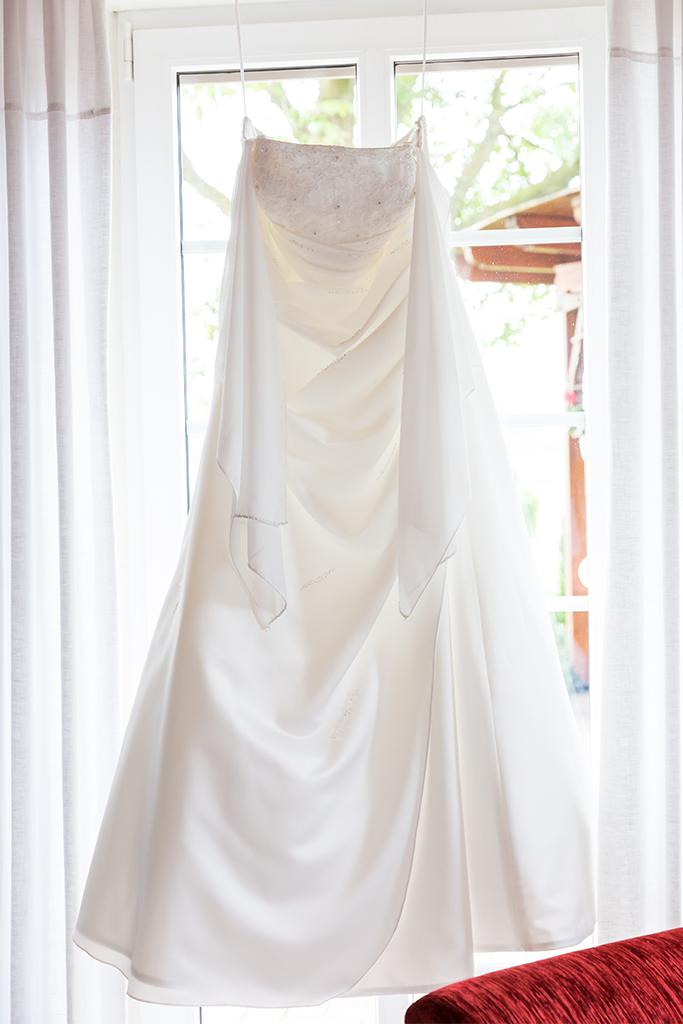 Hochzeit Hochzeitsshooting Shooting Kleid Brautkleid Braut ...