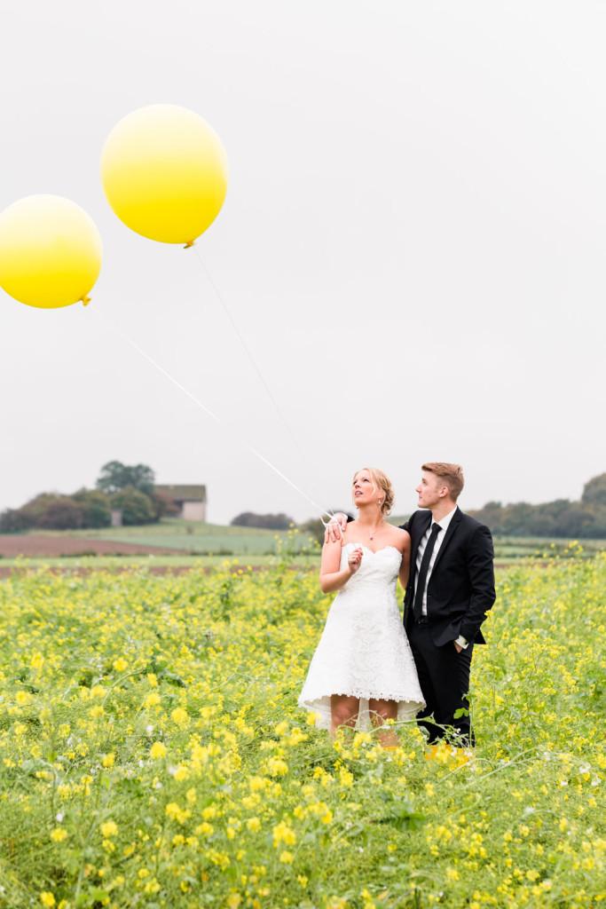 021-Hochzeit-Hochzeitsfotograf-Brilon-Paderborn-Brautpaarshooting-Hochzeitsshooting-Hochzeitsfotos-HochzeitsfotografPaderborn-HochzeitsfotografBrilon